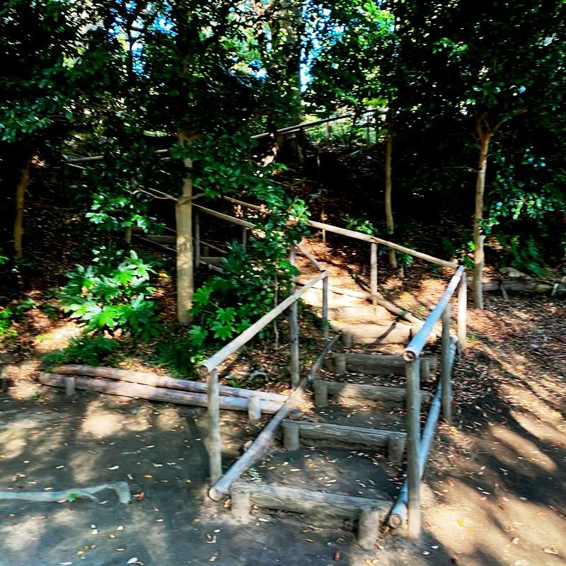 旧村川別荘階段